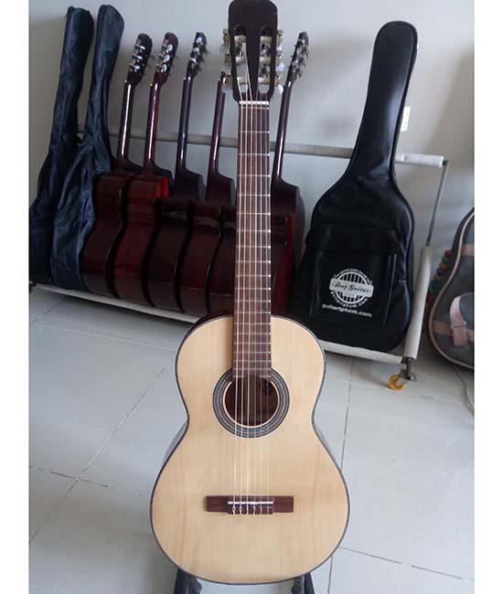 Guitar Classic DC100 mini